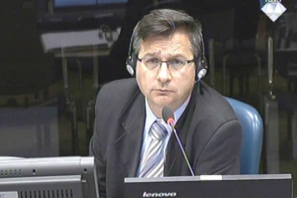 Коме је Милош Ковић крив?